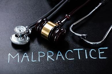 Medical malpractice lawsuit funding